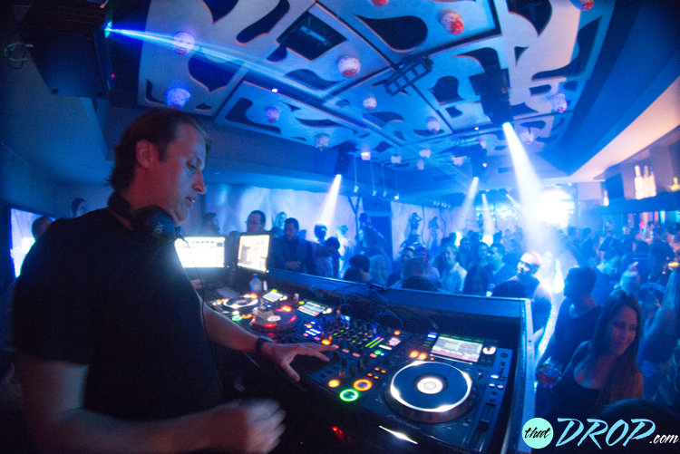 EDX performs to a sold out crowd for thatDROP's event at Vibe Ultra Music Lounge in Fort Lauderdale, FL. Photo by Andreina Rodrigues