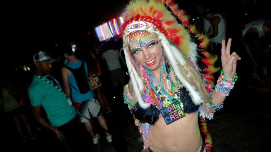 an overview of the rave culture in music and the raver fashion Learn what a rave is before you call yourself a raver your bros at the dorm   raving is entirely centralized around underground dance music.
