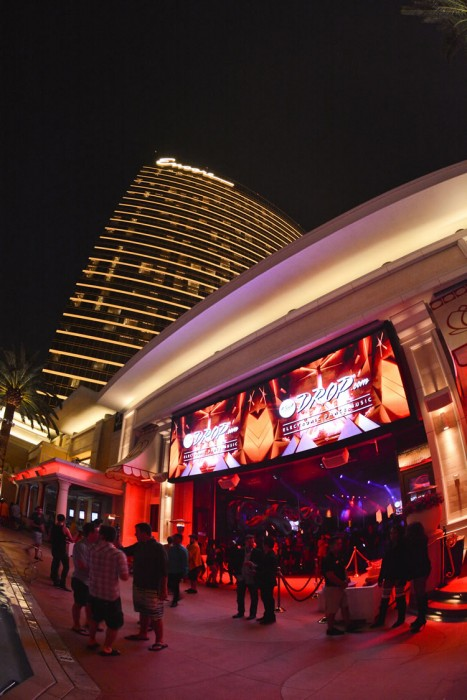 Flosstradamus Encore Beach Club at Night Surrender
