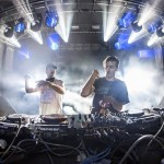 thatDROP Stitch Live The Chainsmokers