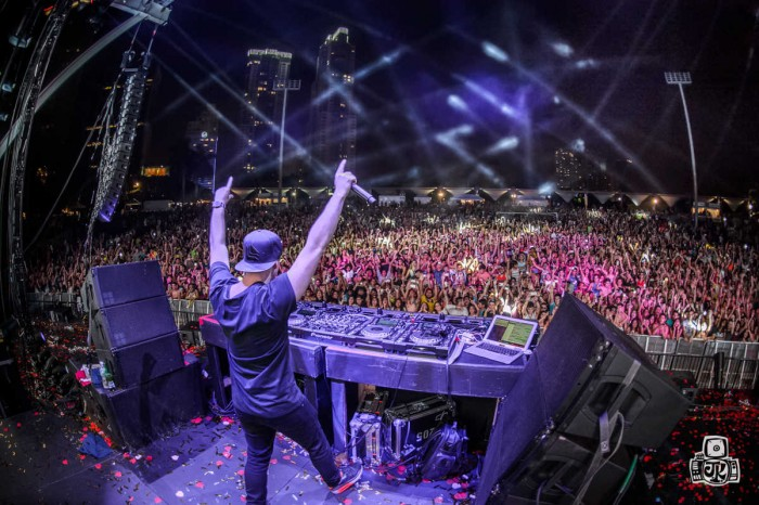 hardwell tour review