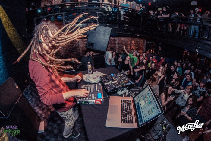Psychedelic Mastermind Psymbionic Talks Bass, Eschewing Genres, and Working With Bassnectar [Exclusive Interview]